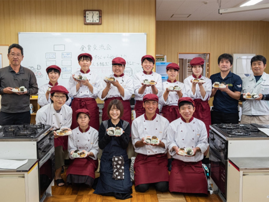 愛媛県の大洲農業高校が発案、地域食材おむすびが誕生です。松山市内で期間限定販売