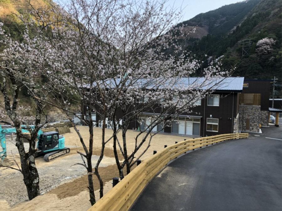 日本三大秘境の椎葉村に九州初・宮崎県初の機能を備えた交流拠点施設Katerieができました。