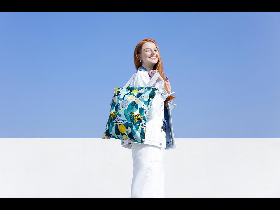 バッグブランドkiplingからお買い物のお供に最適なエコバッグが続々登場です。