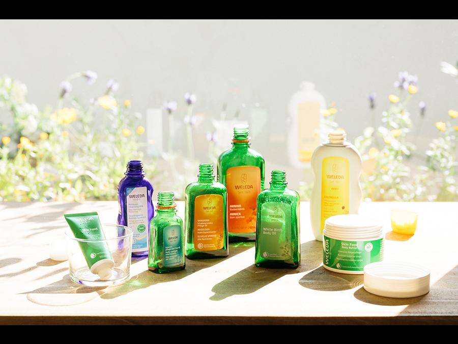 使用済み化粧品容器を回収し新たな資源として再生する「リサイクル・アップサイクル」スタートです。
