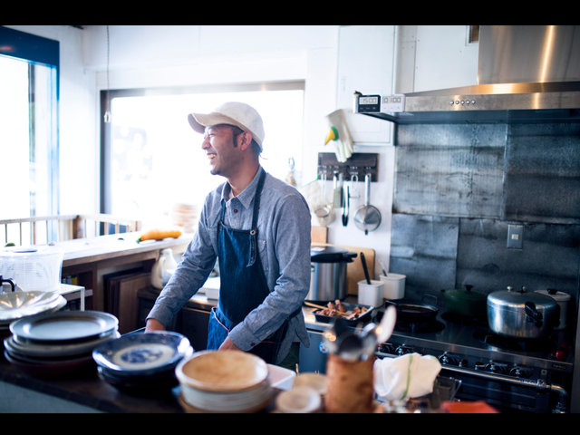 『つむぎや』金子健一さんのお店と料理。『Alps gohan』と「アルプスごはん」ができるまで。