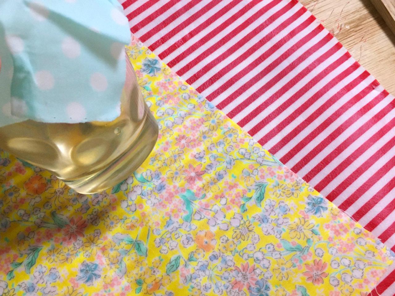おうち時間を華やかに!お気に入りの布でつくる「みつろうラップ」の作り方