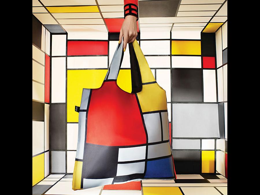 ベルリン発の人気エコバッグ「LOQI」30柄、ヴィレヴァンオンラインにて取り扱い中です。