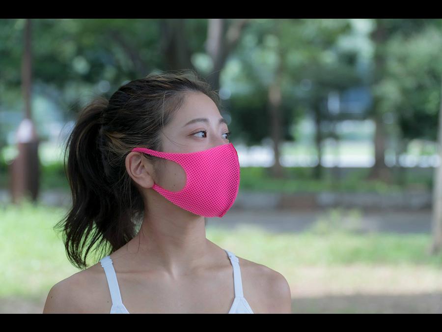 日本初のオールメッシュマスク「Barzagli