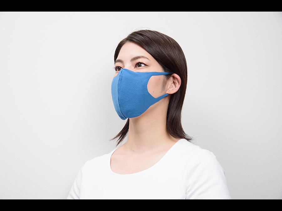 1枚2200円。軽い運動時も使える。抗ウイルス機能つき無縫製3D立体構造マスクを発売。