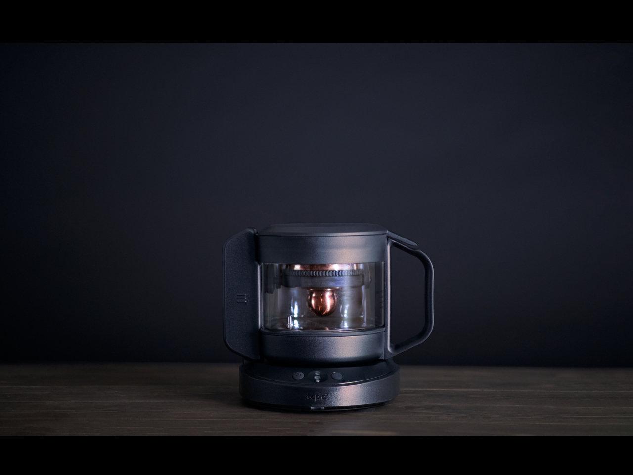 茶葉の魅力を最大限に引き出す。世界初「パーソナライズ抽出機能」を実現したスマートティーポット発売