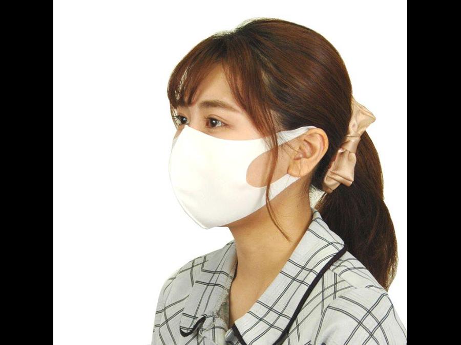 広島発。累計販売数14万枚。3枚1200円で「センターワイヤー入り」マスクが発売中。
