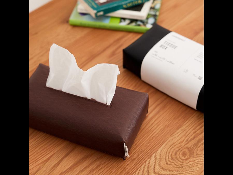 アーバンリサーチから廃棄衣料をアップサイクルした「Tissue