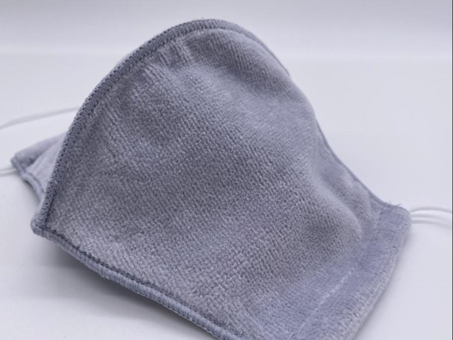 1枚1750円。今治のタオル職人が最高の技術と想いを込めて本気で作るマスク登場。