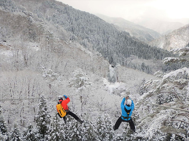 日本最大級の冒険の森「ツリーピクニックアドベンチャーいけだ」が密にならない冬の森の過ごし方を提案