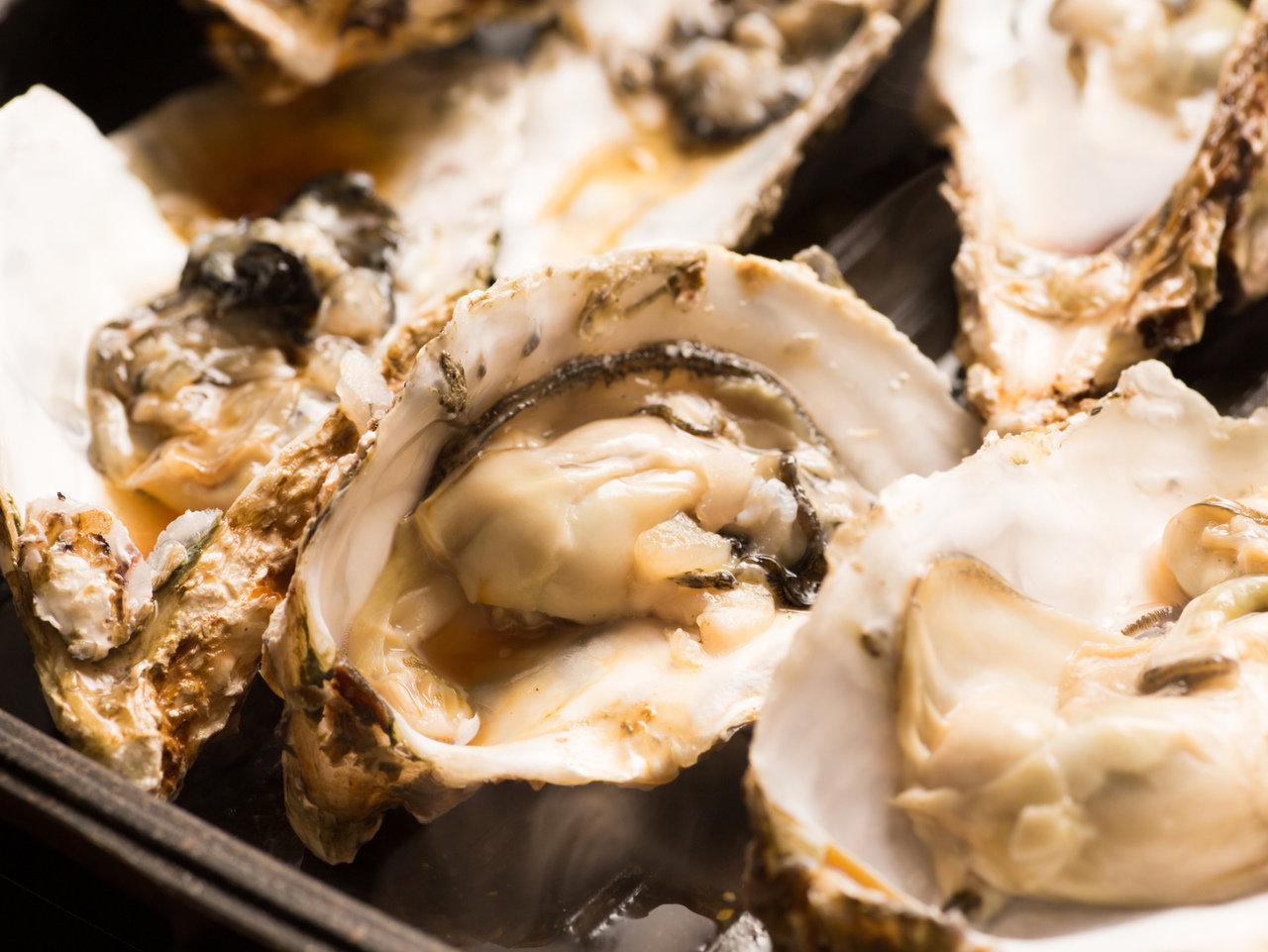 ぷりっぷりで冬が旬!海のミルク・牡蠣の消費量TOP3は広島市、長崎市、もう一つは?