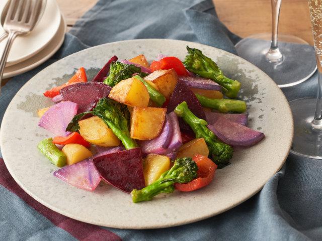 シェフ御用達の野菜がミールキットに!ロス野菜で作る時短&絶品レシピで農家支援
