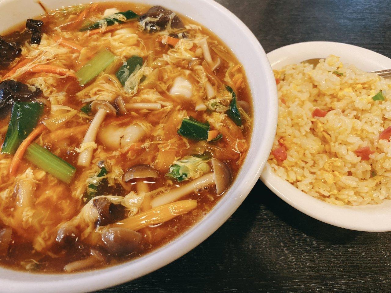 東京ローカルのおいしいラーメンがたべたい|香港海鮮一品麺と半チャーハン