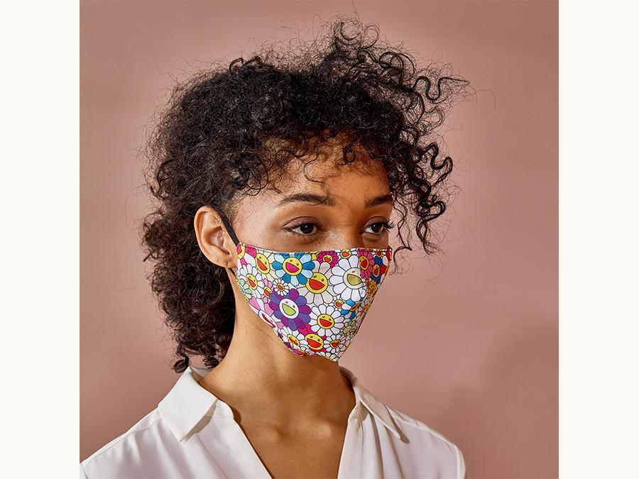 MoMAオリジナルマスクの新作、アーティスト村上隆による「お花」モチーフのマスク。