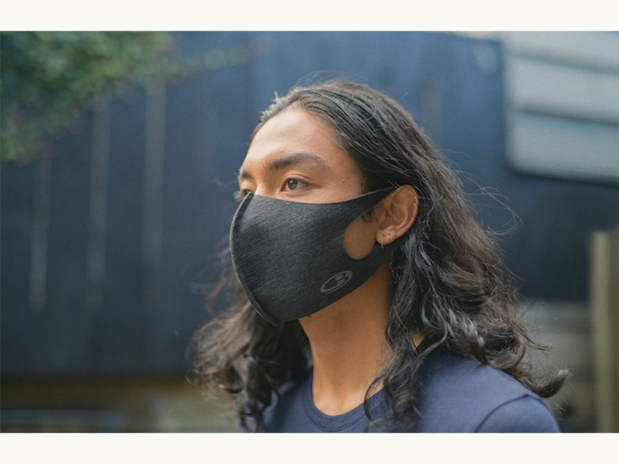 icebreakerから、メリノウール製フェイスマスクが発売