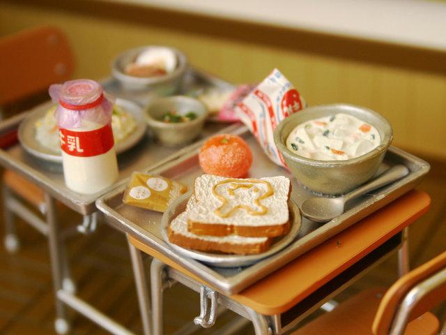 千葉県給食あるある。あなたは「麦芽ゼリー」派? それとも「ちはなちゃんゼリー」派?