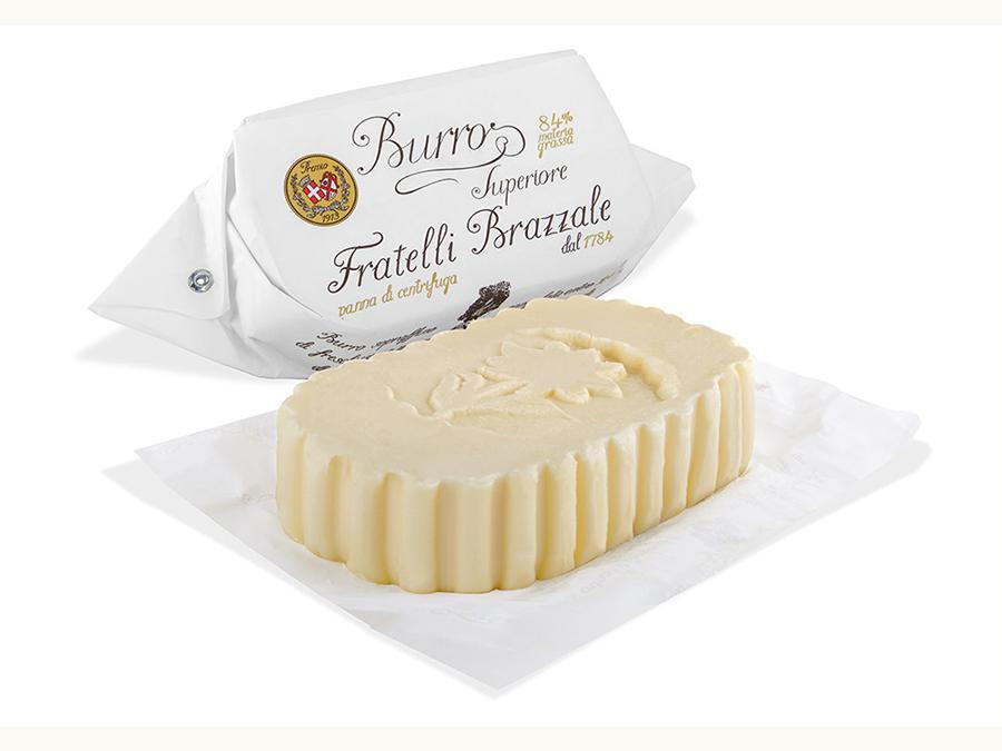 イタリアで230年続く老舗企業のプレミアムバターの有塩・燻製タイプを数量限定で販売