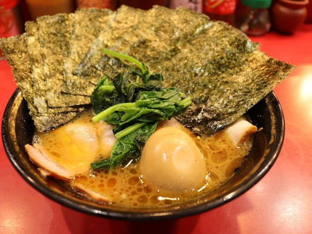 神奈川県民はなら一度は食べたことがある!?元祖家系ラーメン「吉村家」