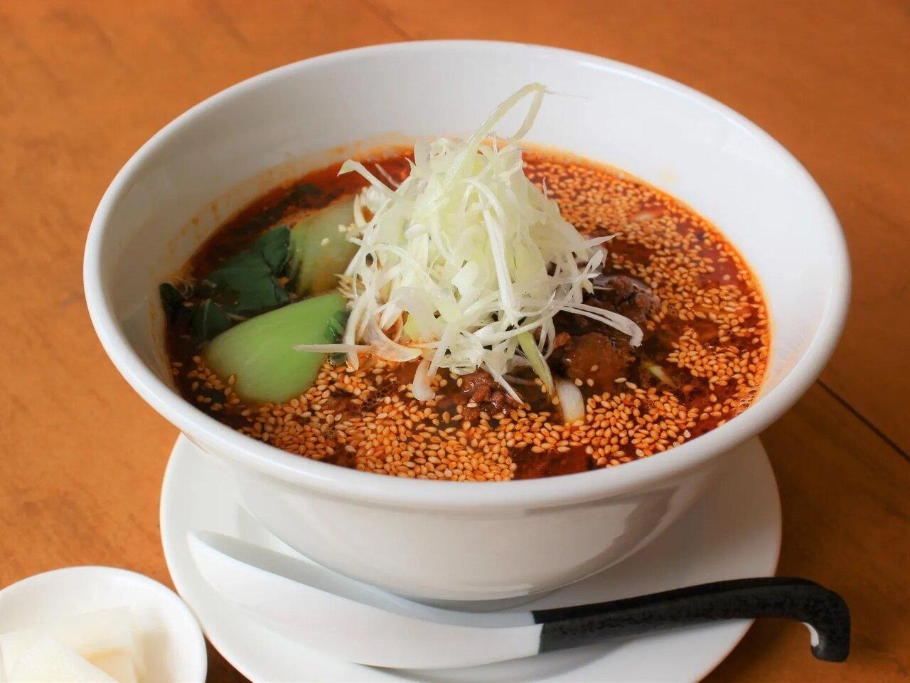 自家製練りゴマが肝のオリジナル担々麺