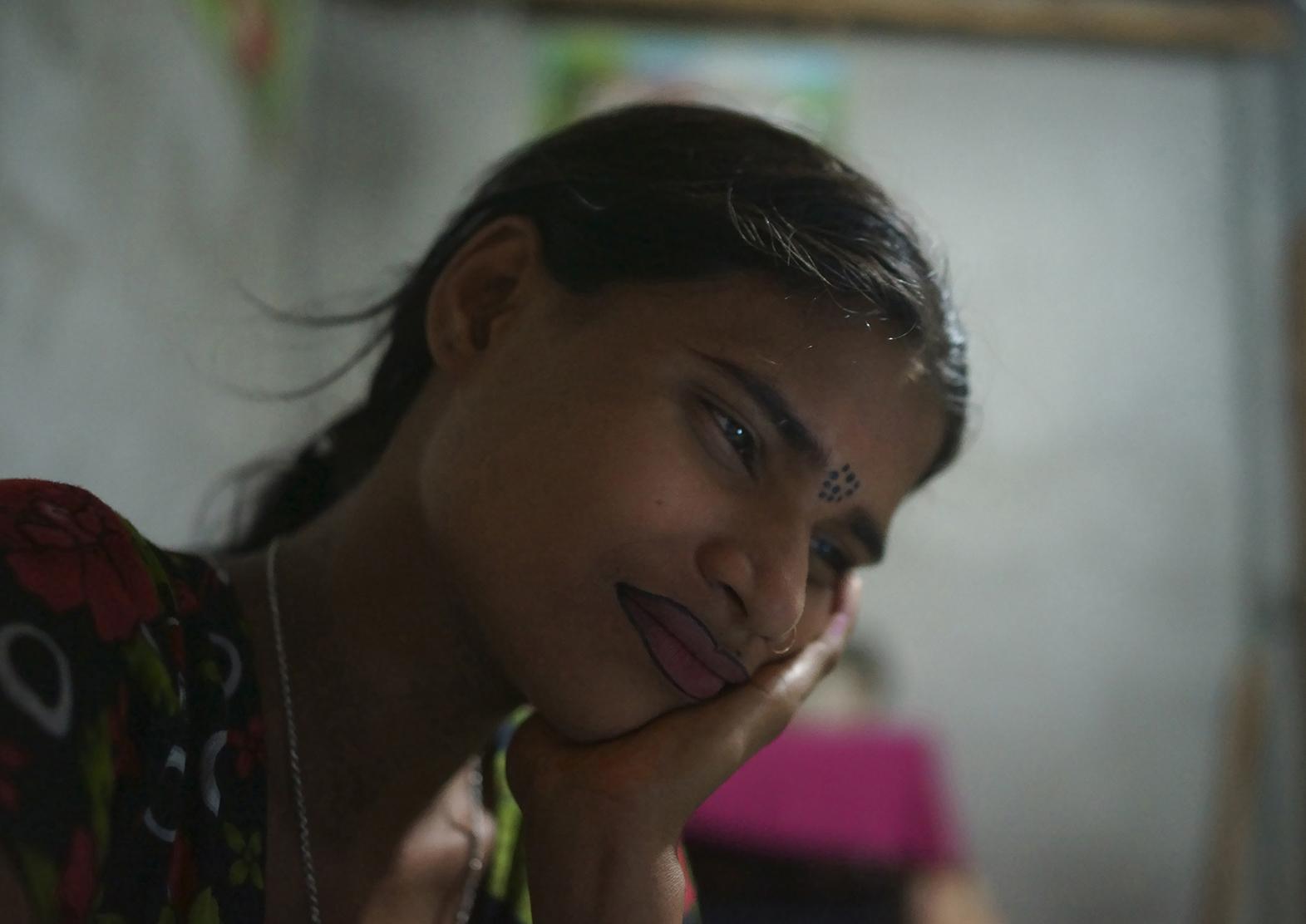 2013.04.05  親族の暴力に耐えかねて売春宿に行き着いた娼婦ナジア