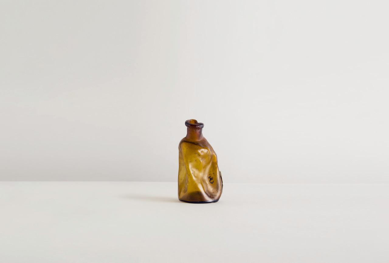 祈りの花瓶、原型