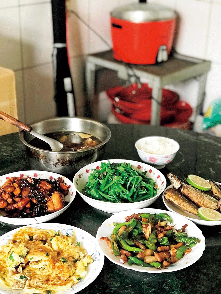 干し大根入り卵焼き「菜脯蛋(ツァイプーダン)」や、龍の髭に似ている野菜「龍鬚菜(ロンシューツァイ)」が特に好き。