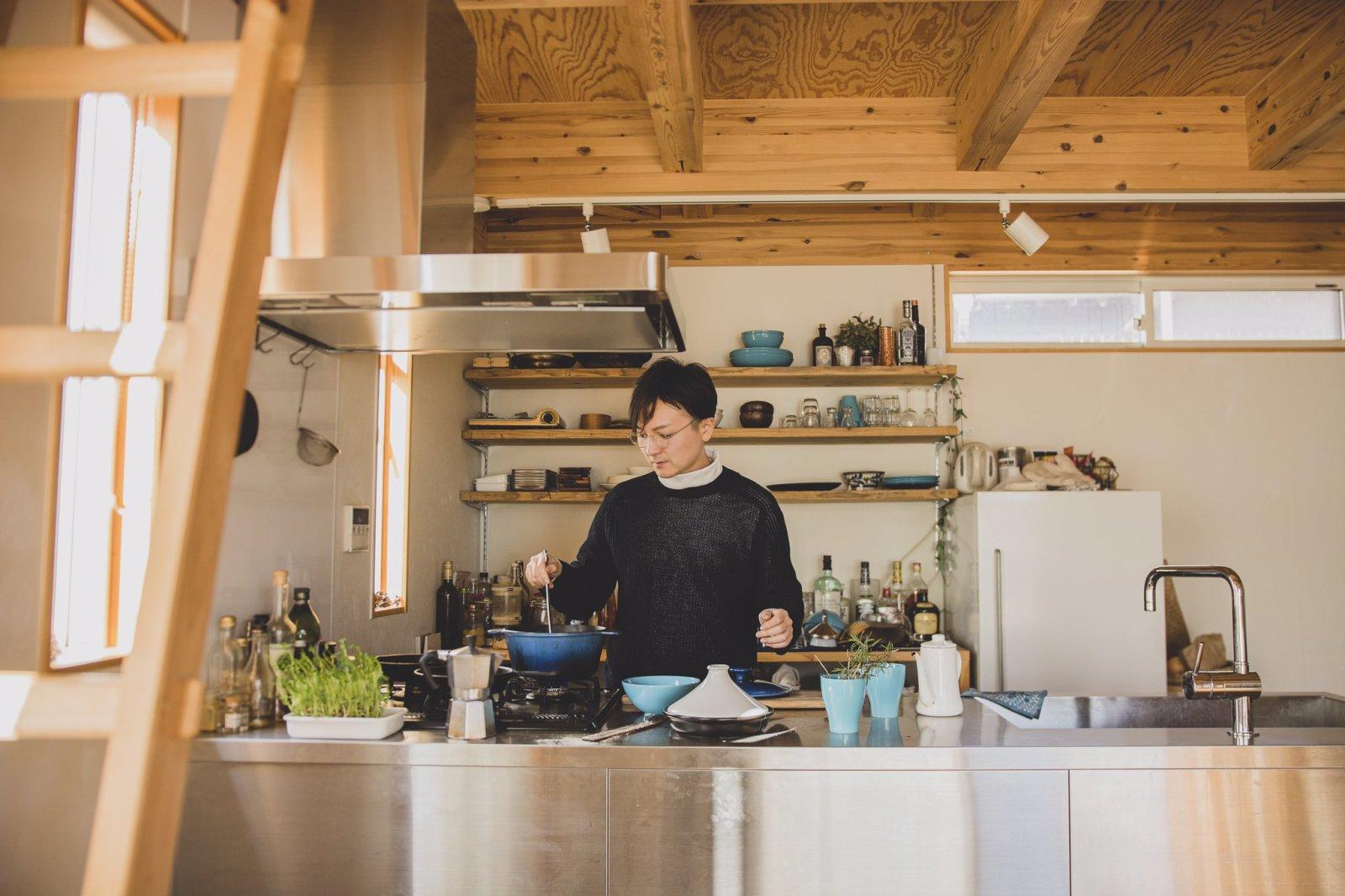 外出自粛と在宅のお供に料理や自家製チャイづくりを提案