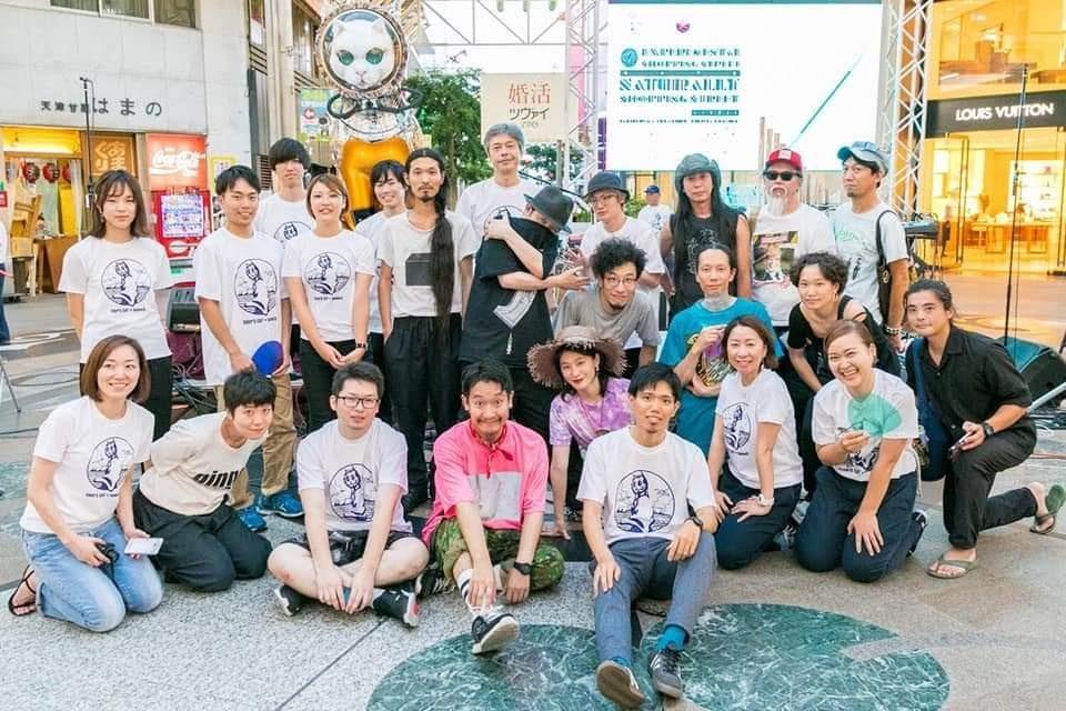 松井さんが働いているホテル『We base高松』と高松丸亀町商店街、香川大学の学生らで行った祝祭『SHIPS CAT + kame3 2019祝祭 -おいでまい 高松丸亀町商店街-』の様子