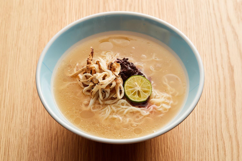 天然真鯛の松茸ラーメン(冷製) 1500円 (西岡シェフ)