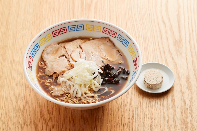 香茸と鮎の熟鮓クリームの醤油ラーメン 1400円 (宮木シェフ)