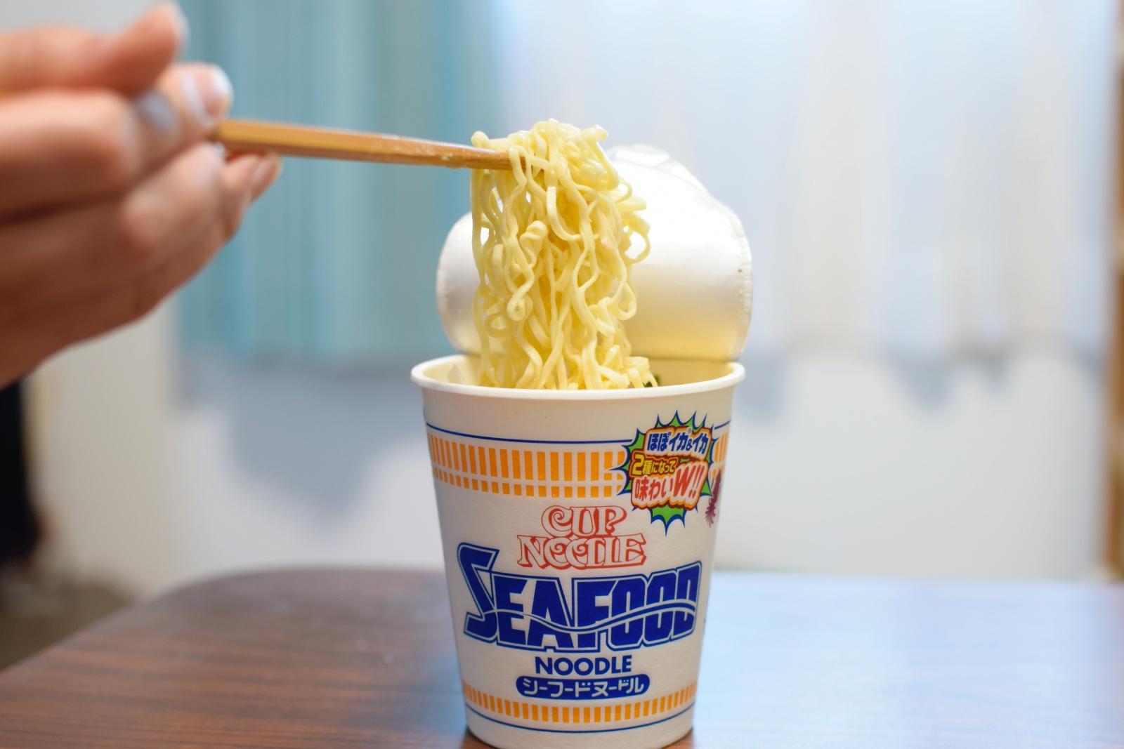 カップラーメン シーフード味
