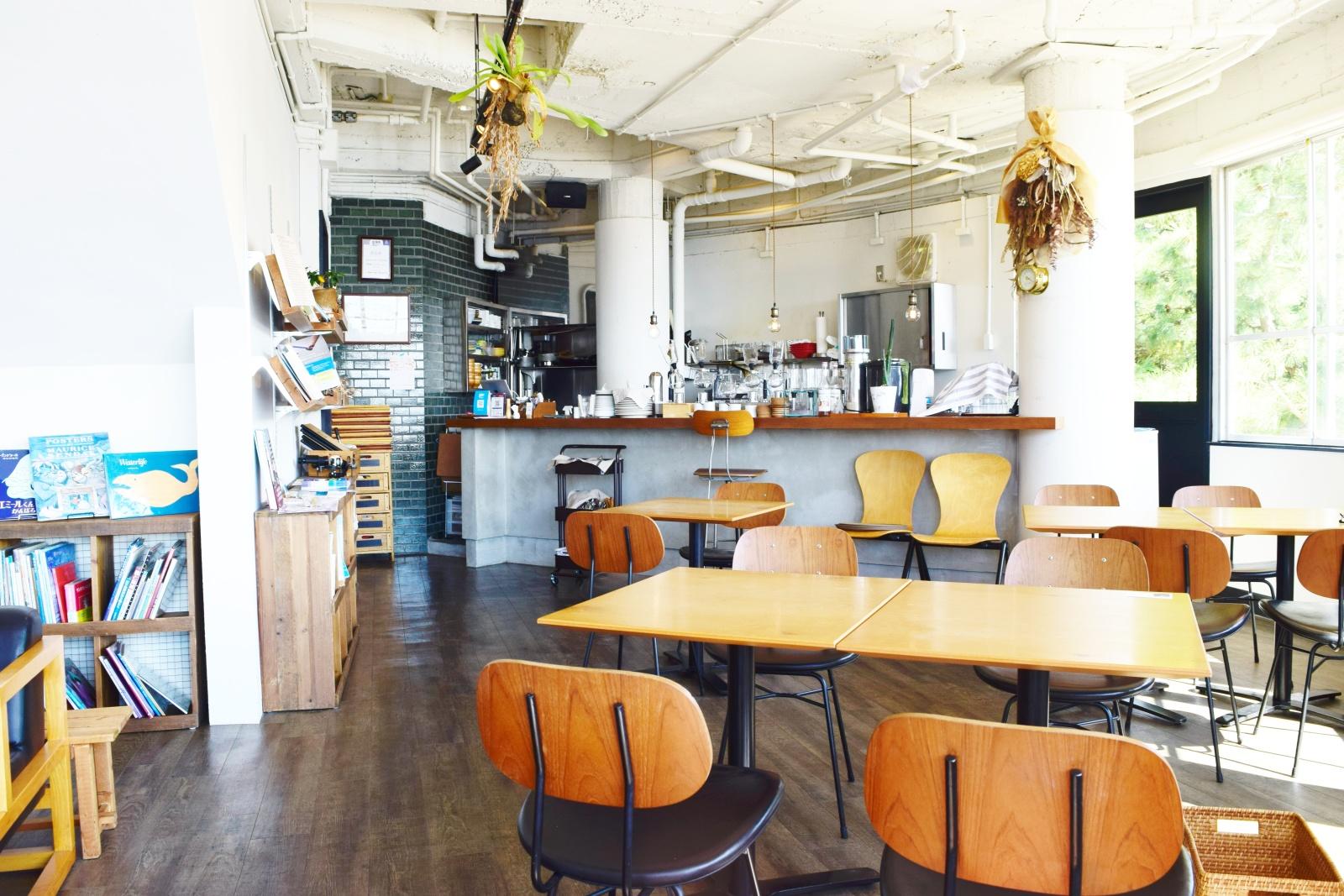 seaside cafe ALPHA