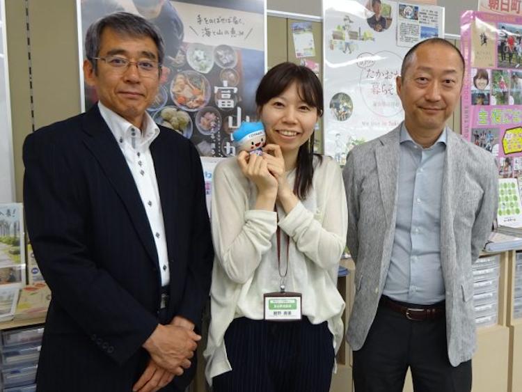 ▲有楽町駅オフィスのスタッフ。左から牧さん、鯉野さん、細川さん