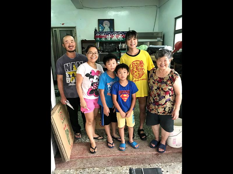 台湾・高雄のきゅうり農家の家族。この夏また会いに行こう。