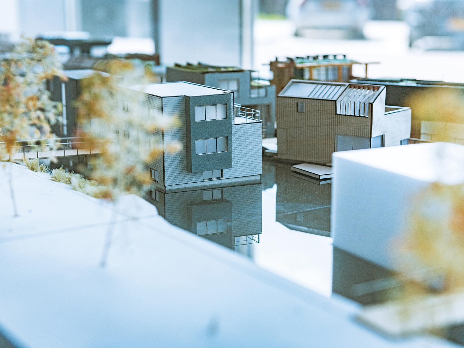 『Space & Matter』のオフィスに置かれていた「Schoonschip」の模型。夢のような水上都市が現実になった。