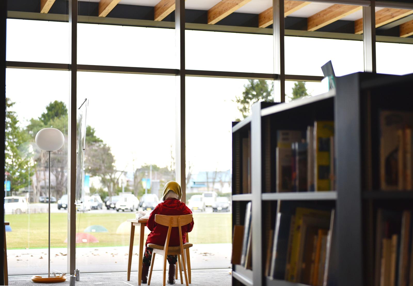 『せんとぴゅあⅡ』の図書スペースで。