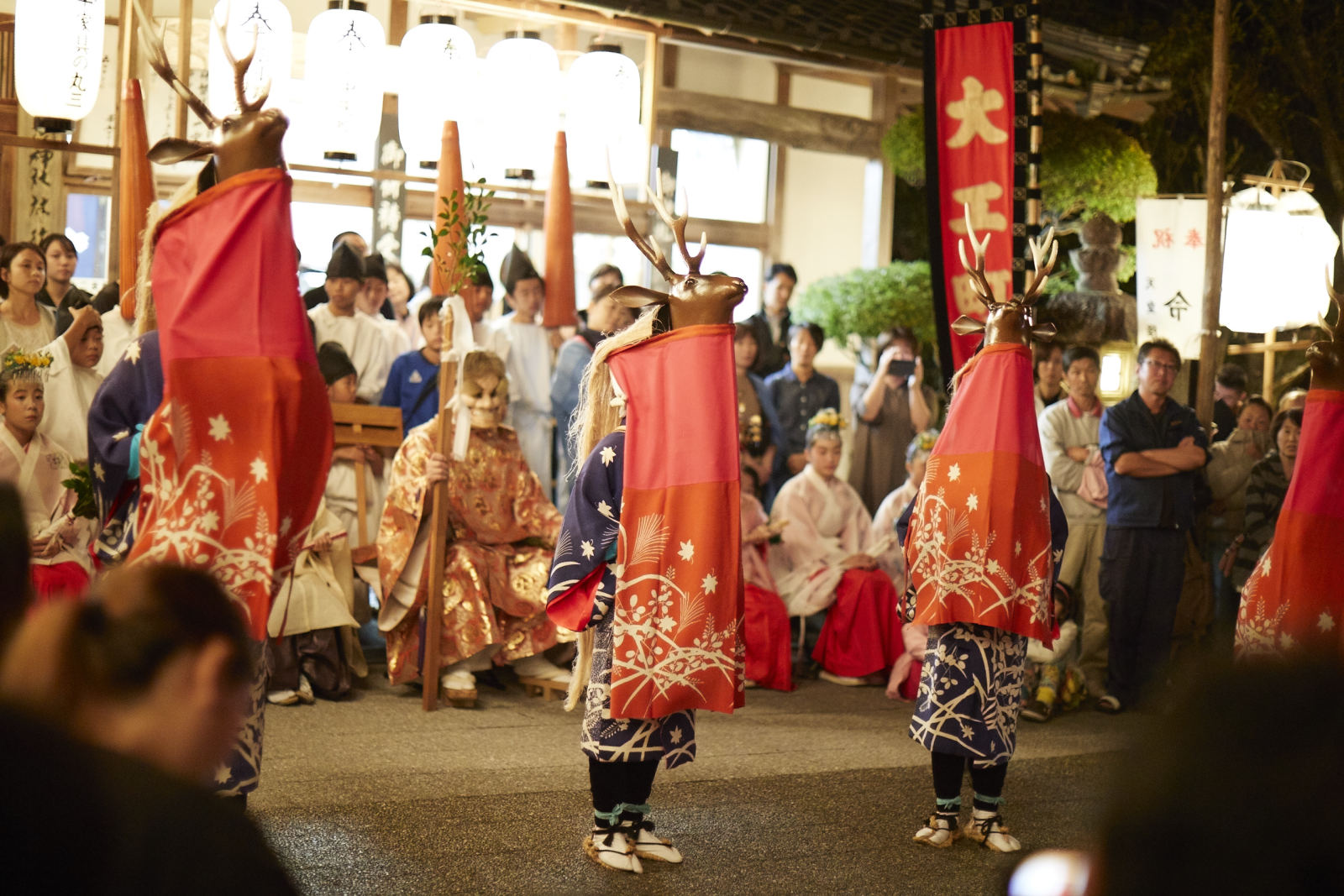 八つ鹿踊り(写真提供:宇和島市観光物産協会)