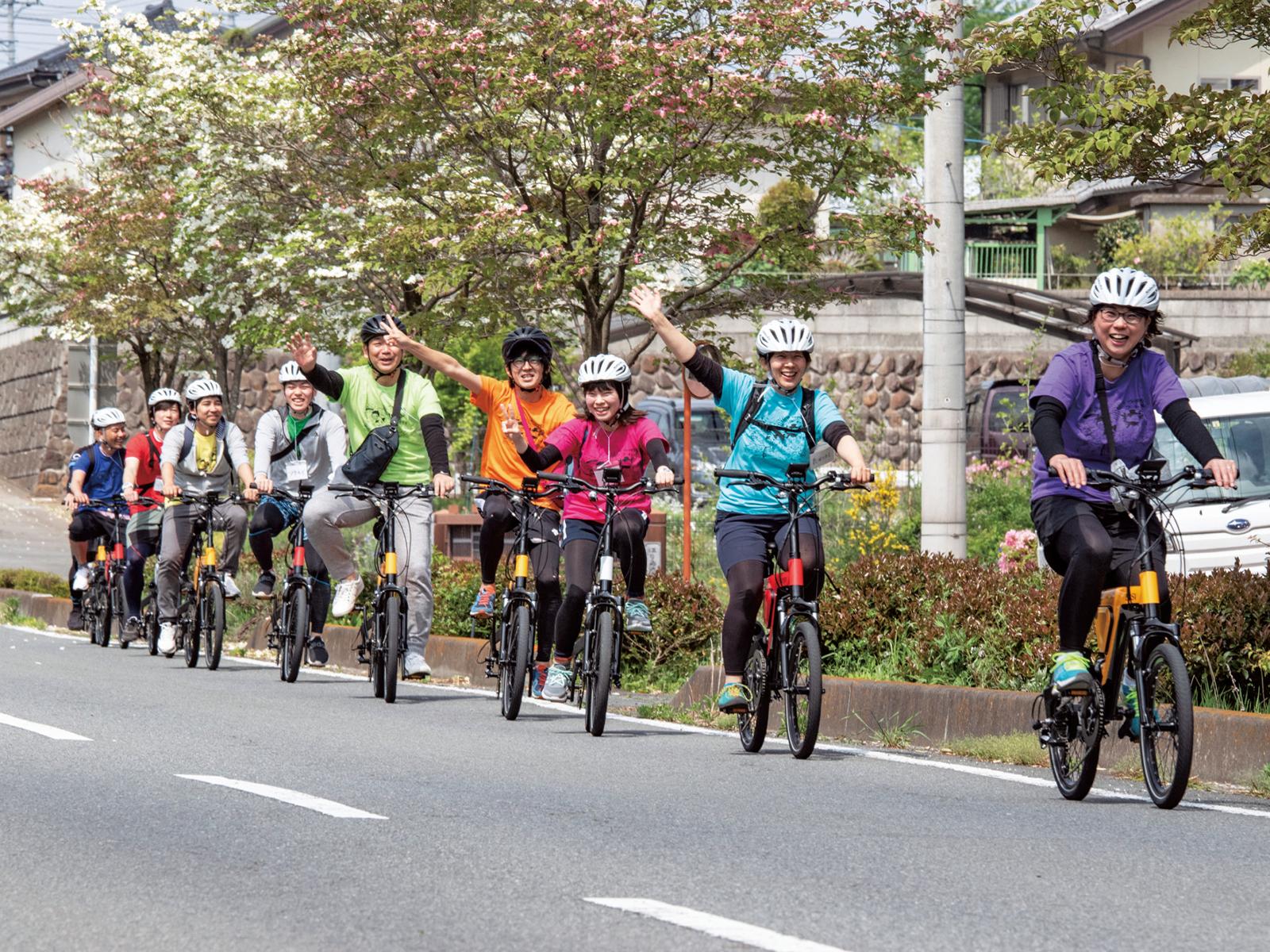 AKAGI e-Bike Community Cycle