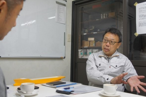 次の100年に向けたビジョンをお話する奥野成雄代表取締役