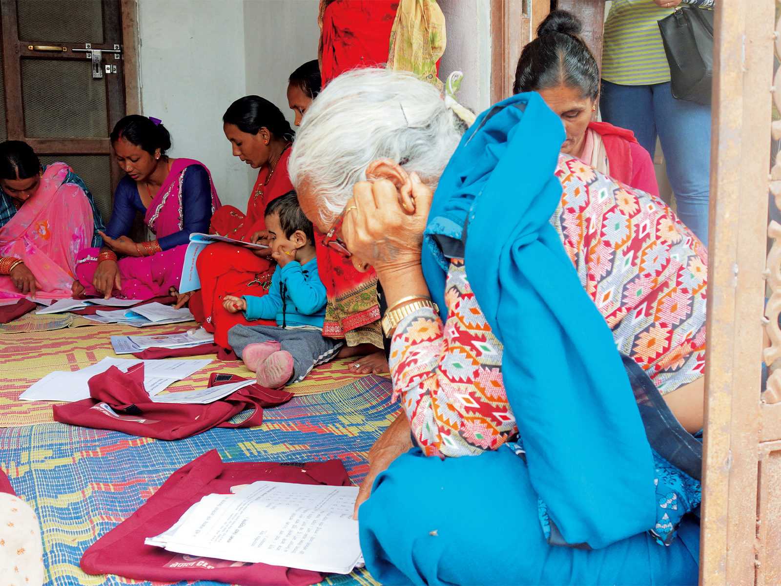 年齢に関係なく、学ぶ意欲の高い女性がクラスに参加している。