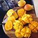 夏は南国フルーツの香りがいいかも!マンゴーの香り漂うボディケアアイテム勢揃い!