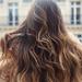 ヘアオイルで簡単ケア!もうパサパサ髪に悩まない!髪の毛がパサパサになってしまうのはなぜ?NG習慣とその解決法や効果的なオイルの使い方