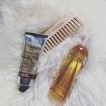 洗い流さないトリートメントで美しい髪に!髪の悩みとタイプに合わせた人気アイテムと効果的な使い方