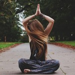 瞑想の効果とは?体の内側から美しくなるメディテーションの方法