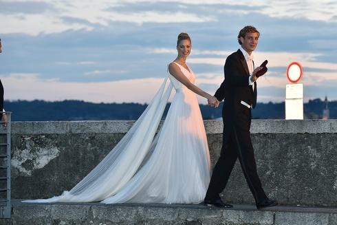 ピエール・カシラギの新妻、ベアトリーチェ・ボロメオは才色兼備の新プリンセス!|【世界の王室シリーズ】vol.3モナコ|エル・ガール・オンライン (6896)