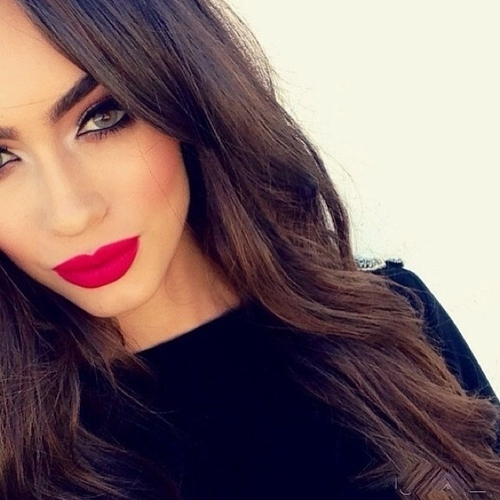 girl, makeup, red, lips, eyes, pretty by Minionforever | We Heart It (14880)
