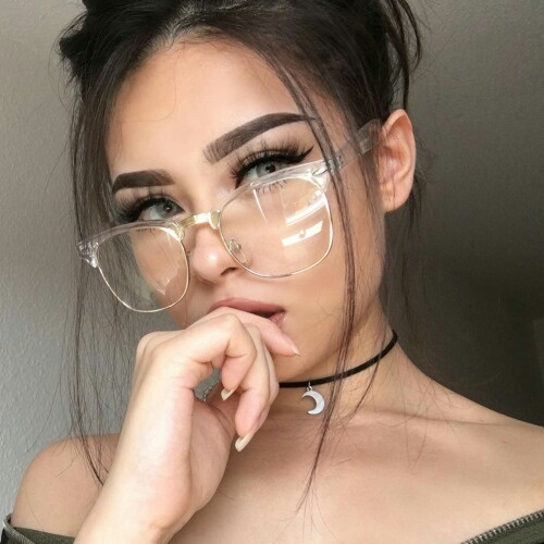 #Nerd #Nerdy #Glaces #Babe #Hot #onfleek #Makeup #Love #Nails #lashes #wouah by ❁   We Heart It (14958)