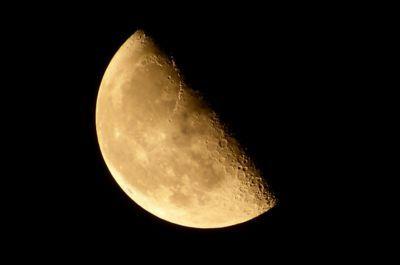 【下弦の月と上弦の月】見分け方をご存じでしょうか? - スピリチュアル知恵袋 (28099)