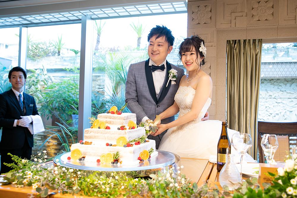 会場の雰囲気にも合わせたオリジナルケーキでケーキ入刀セレモニー♪イメージ