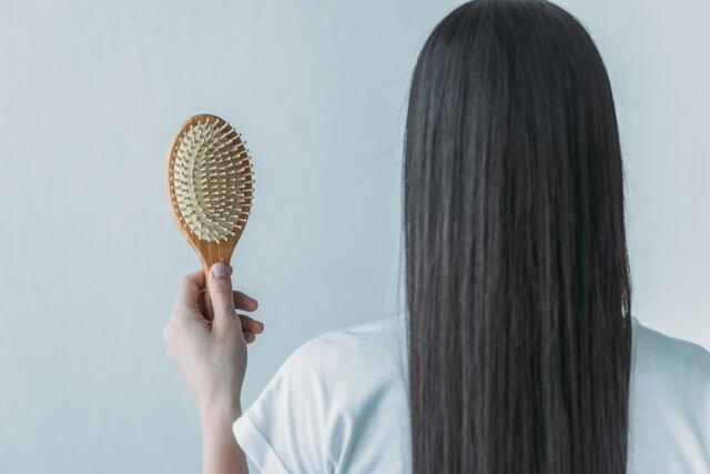 薄毛・抜け毛・円形脱毛……外出自粛が原因のヘアトラブルを回避しよう